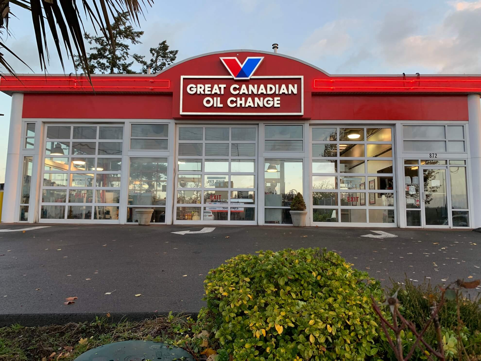 Great Canadian Oil change exterior